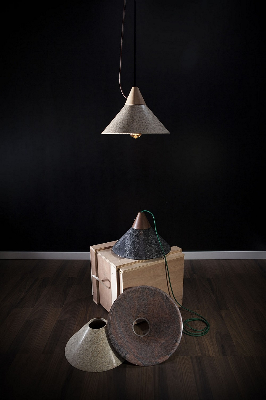 A closer look at the design of the Mika 350 lamp