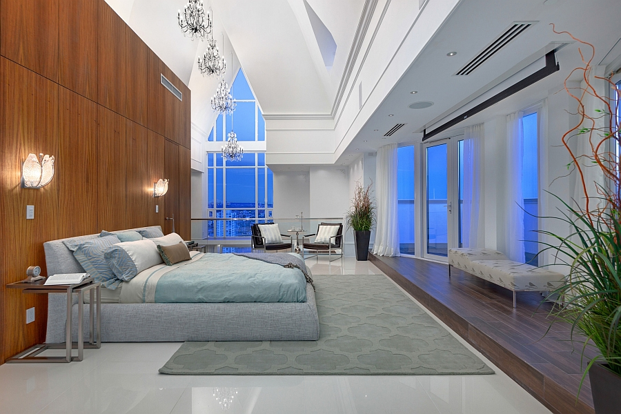 Amazing lighting and cathedral ceilings shape the lavish for Master bedroom lighting ideas vaulted ceiling