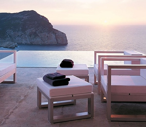 Amazing outdoor lounge steals the show at the Ibiza villa