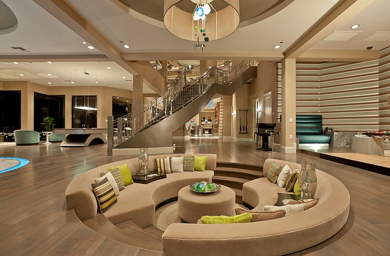 Sunken living rooms step down conversation pits ideas photos - Maison de millionnaire ...