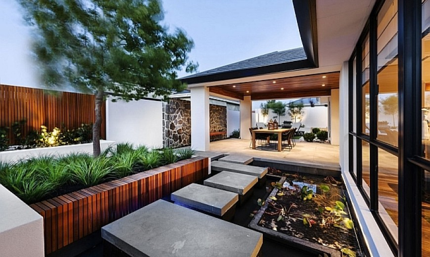 Japanese Inspired Perth Residence Offers Serenity Draped In
