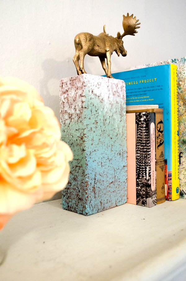 Brick book end DIY project Stylish DIY Projects With Bricks And Pavers
