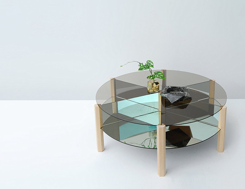 Coffee table chic