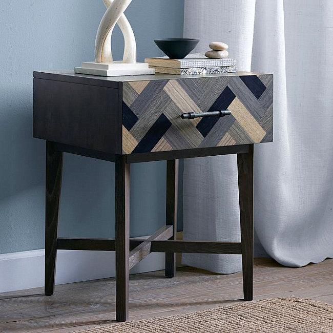 Deco-style nightstand