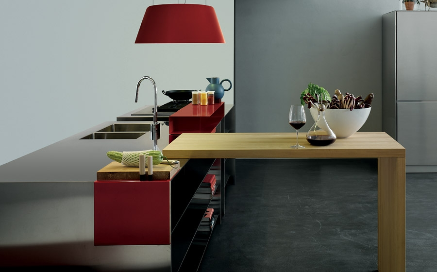 Exquisite and versatile contemporary Italian kitchen from Elmar