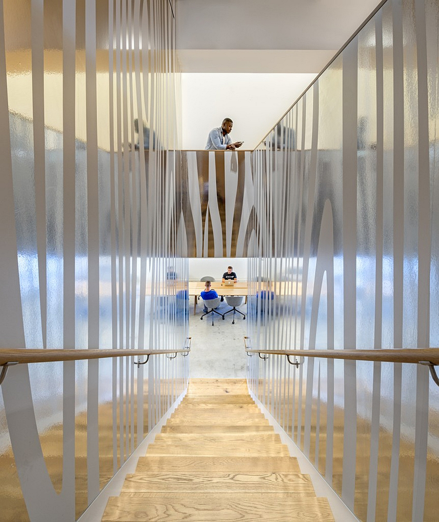 Exquisite interior of the Beats headquarters moves away from the prevalent design trends in CA