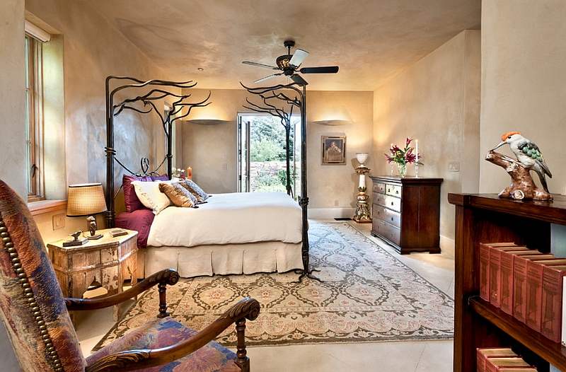 Fabulous bedroom with Moroccan plaster walls and ceiling