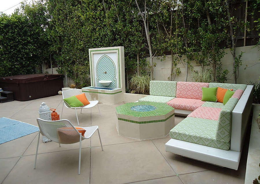 Giving the brilliant Moroccan style a sleek, modern edge in the patio!