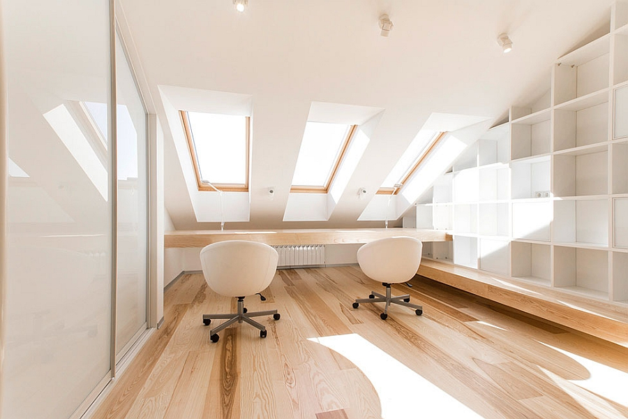 Home office with wonderful ventilation in the loft apartment
