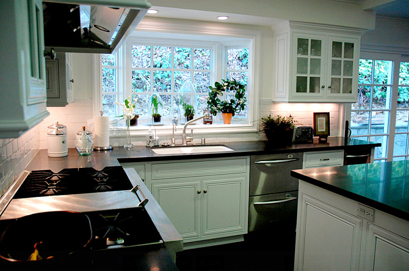 How to style a garden window for Kitchen bay window decorating ideas