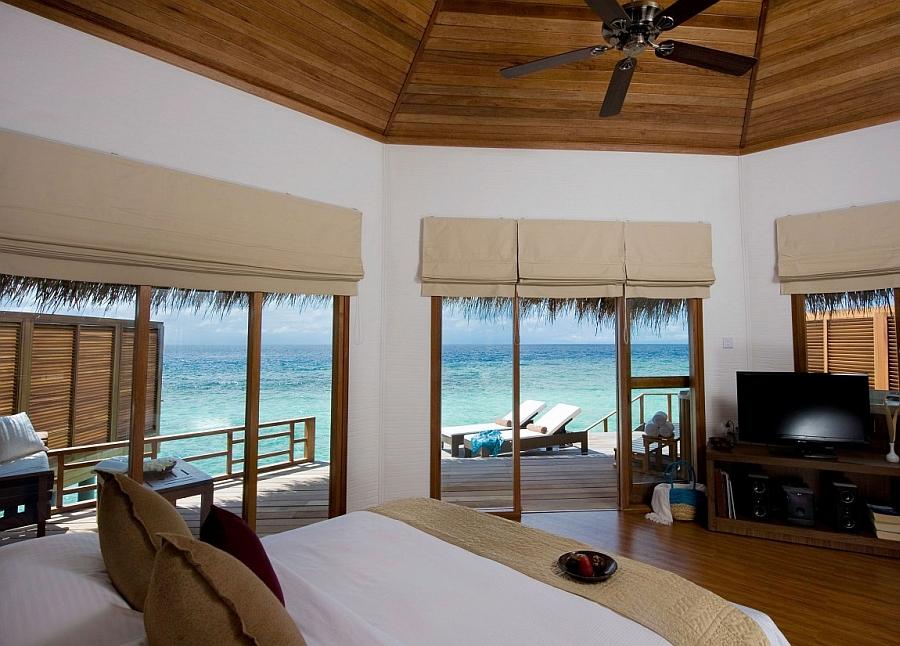 Island Resort Villas Overlooking the Indian Ocean