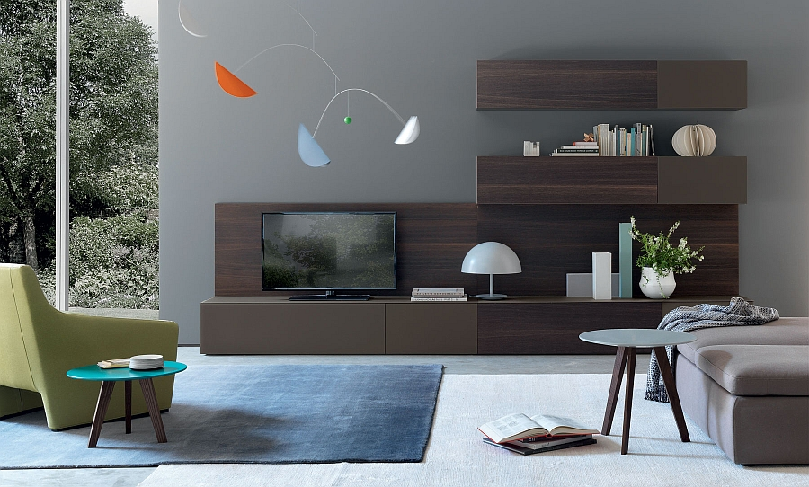 Merveilleux View In Gallery Keeping The Living Room Wall Unit Simple And Efficient