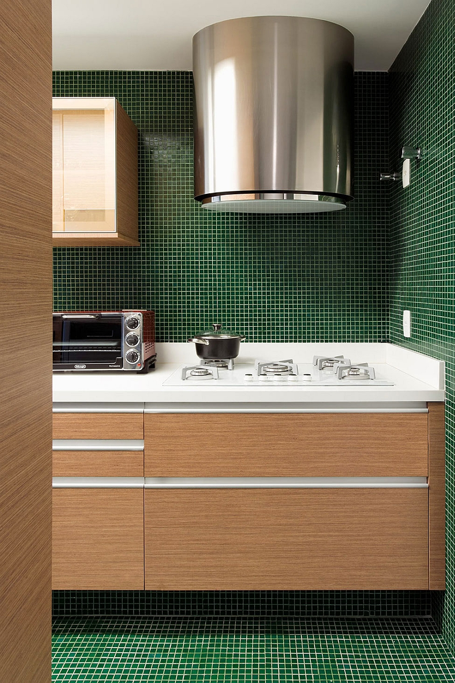 Kitchen workstation for the small and space-conscious home