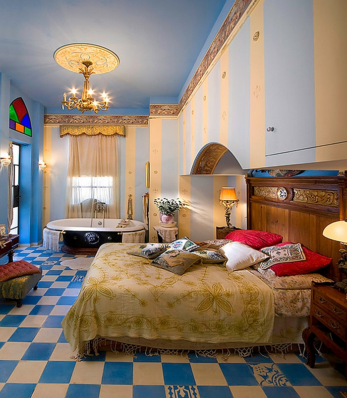 View In Gallery Luxurious And Colorful Moroccan Bedroom With A Clawfoot  Bathtub In The Corner