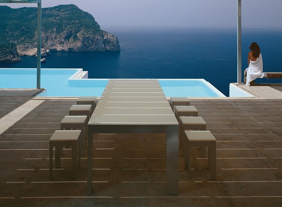 Magical modern villa in Ibiza overlooking the sea