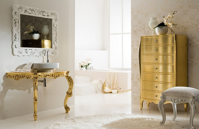 Modern baroque bathroom with a touch of gold!