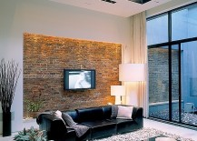 Audacious Renovation Turns Old Coal Garage Into A Dramatic NYC Townhouse