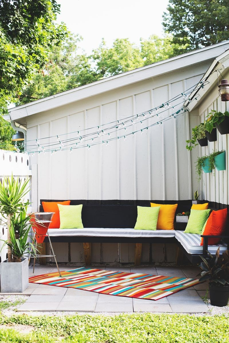 Outdoor party space DIY The 10 Best Summer DIY Projects