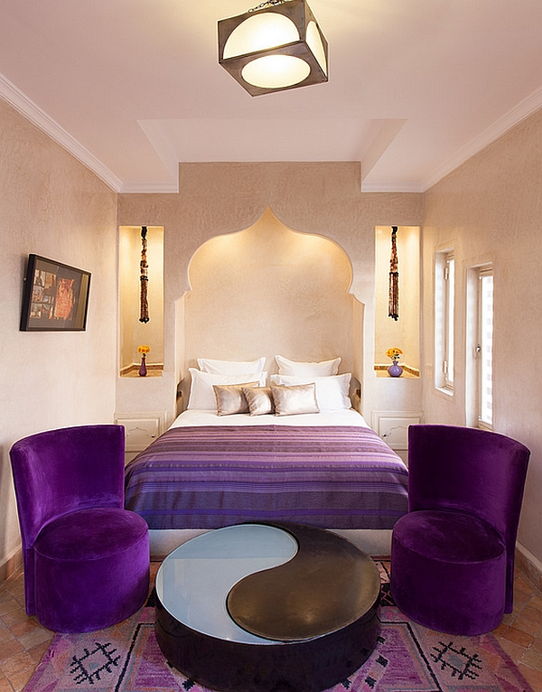 Ordinaire View In Gallery Plush Purple Accents Breathe Life Into The Stylish Moroccan  Bedroom