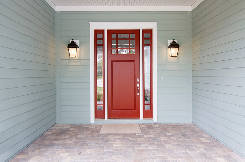 Red front doors instantly draw your attention with ease