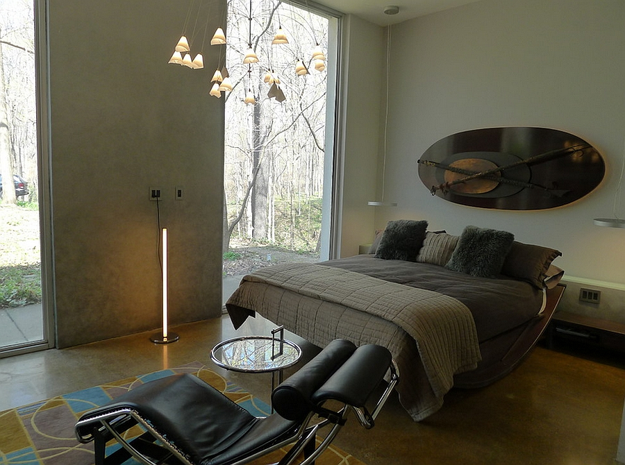 Sculptural decor and smart lighting instantly add elegance to the stylish bedroom