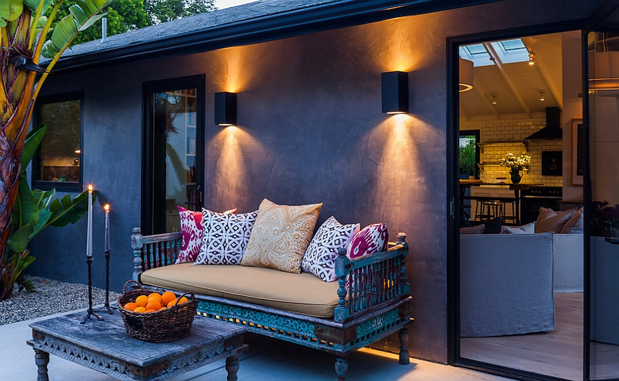 Simple yet vivacious take on the classic Moroccan patio