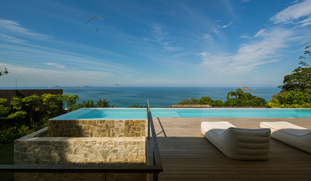 Specatacular view of the ocean in the distance was an important factor in shaping the residence