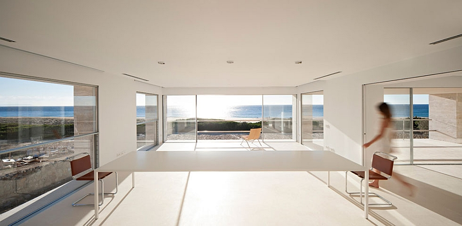 Spectacular home studio with majestc views of the Atlantic