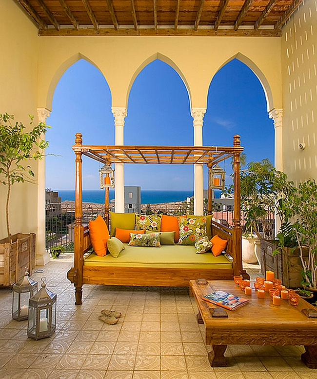 Stunning porch brings together contemporary comfort and Moroccan Design
