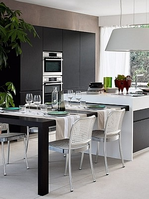 Stylish modern Italian Kitchen