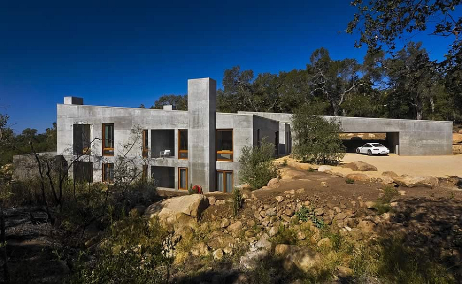 Toro Canyon Residence in Montecito, California