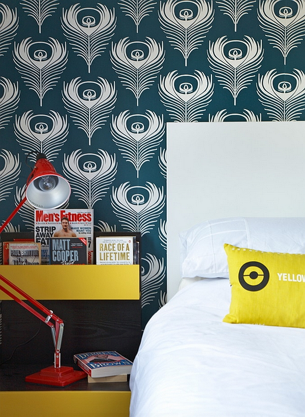 Wallpaper with a bold pattern in the modern bedroom