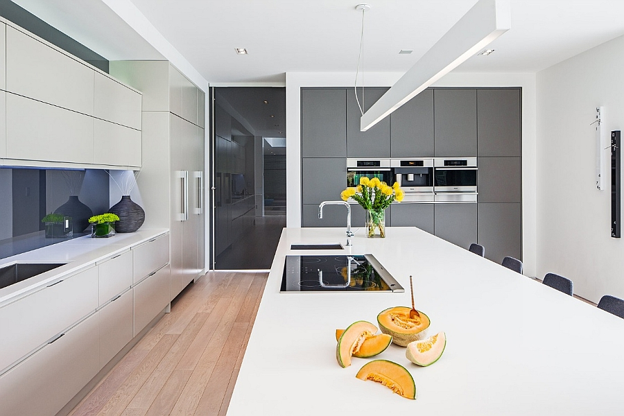 Amazing kitchen island that doubles as a cool breakfast station