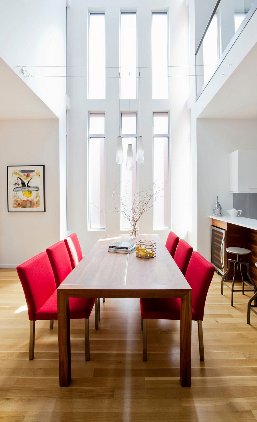 Beautiful dining space combines art deco style with a more contemporary appeal Ingenious Montreal Residence Blends Heritage Appeal With Modern Flair