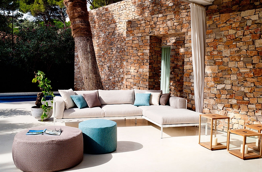 Comfy outdoor sofa blends contemporary style with modular comfort