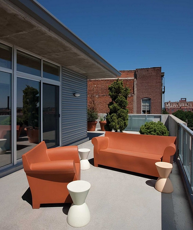 Cool Bubble Club Sofa adds playful elegance to the modern deck [Design: Clockwork Architects]