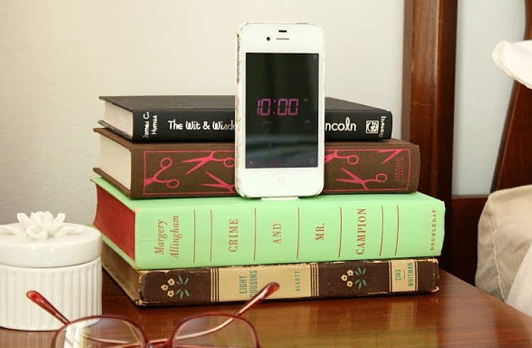 DIY Upcycled Book Charging Station