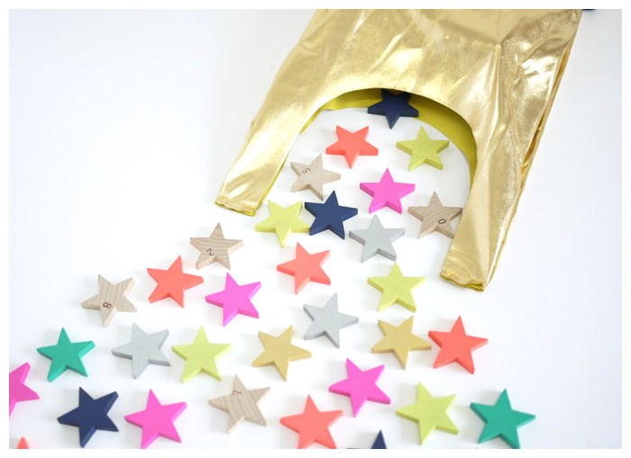 Domino stars add color to a kids' room