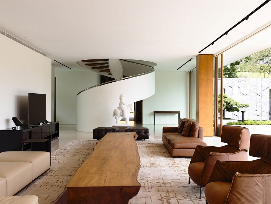 Elegant and exclusive living area of the 65BTP House