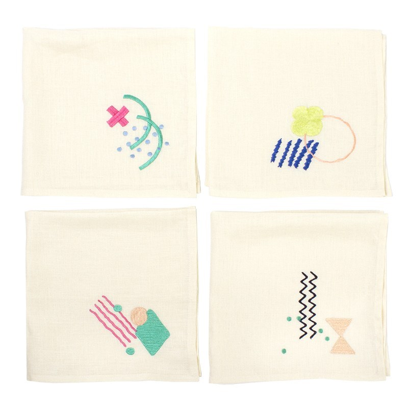 Embroidered napkin set with zany patterns