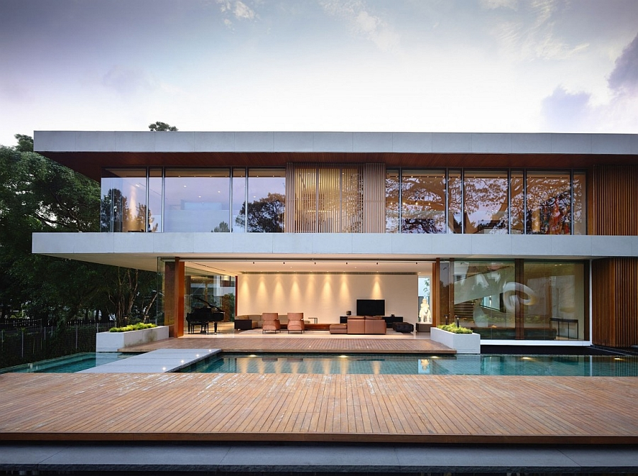 Expansive pool and deck area of the luxurious Singapore Residence