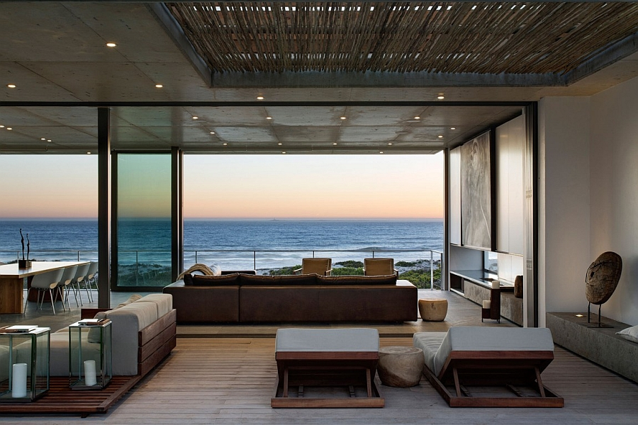 Fabulous contemporary home in South Africa with awesome ocean views