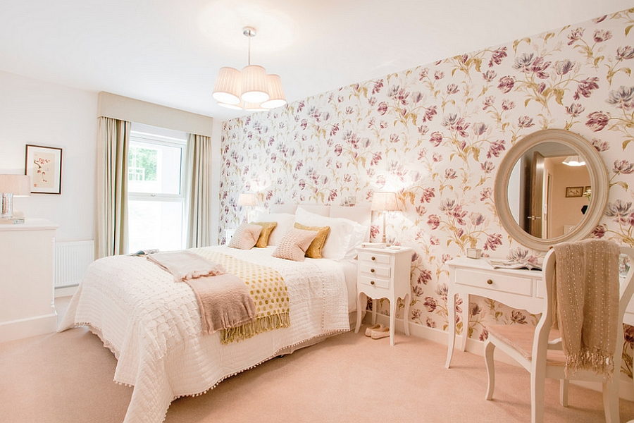 Floral wallpapers and soft colors easily usher in that feminine touch [Design: Etre]
