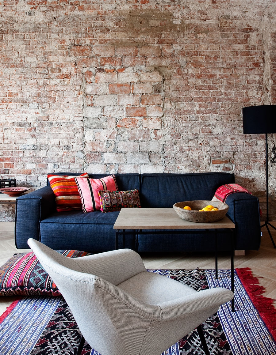 Gorgeous sofa in bold blue in the living room