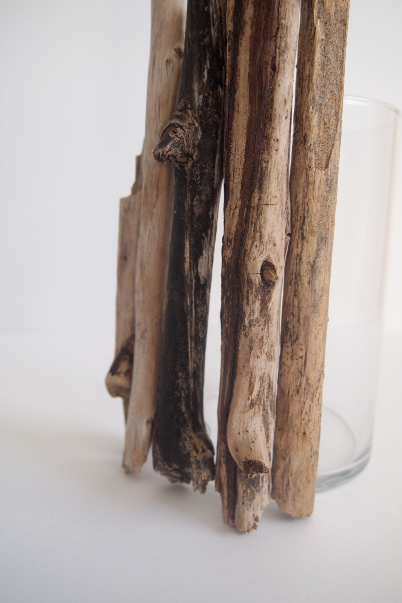 How to make your own Driftwood Candleholder at home