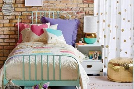 Kids' room with a touch of eclectic style