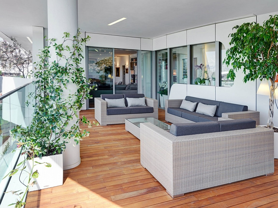Lovely patio of cool modern apartment in City Life Milan