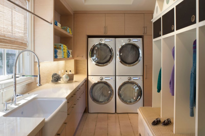 How to keep a clean washing machine for House plans with large laundry room