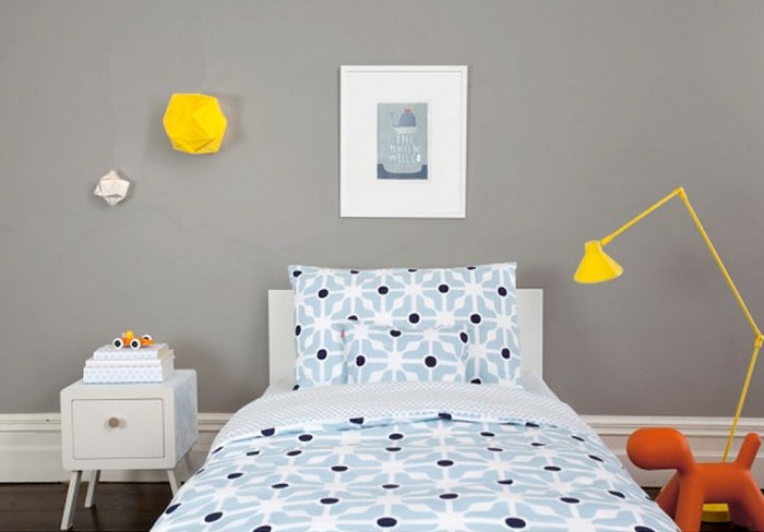 Patterned blue bedding for kids