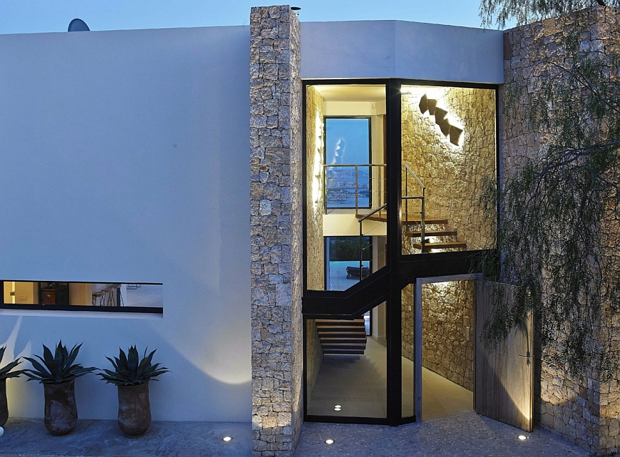 Posh villa in Ibiza blends glass, stone and concrete